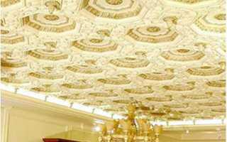 Гипсовые потолки: инструкция по установке потолочной плитки, лепнины из гипса, дизайн, видео, фото