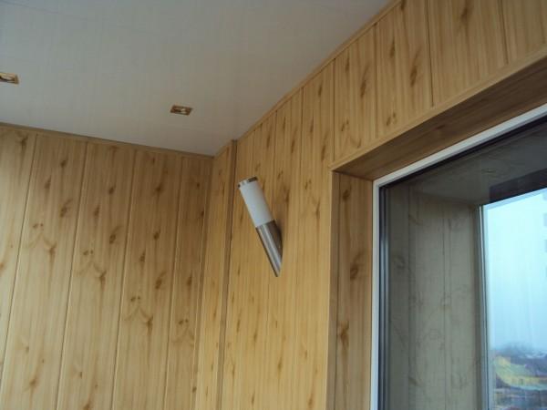 Обшивка балкона с использованием МДФ