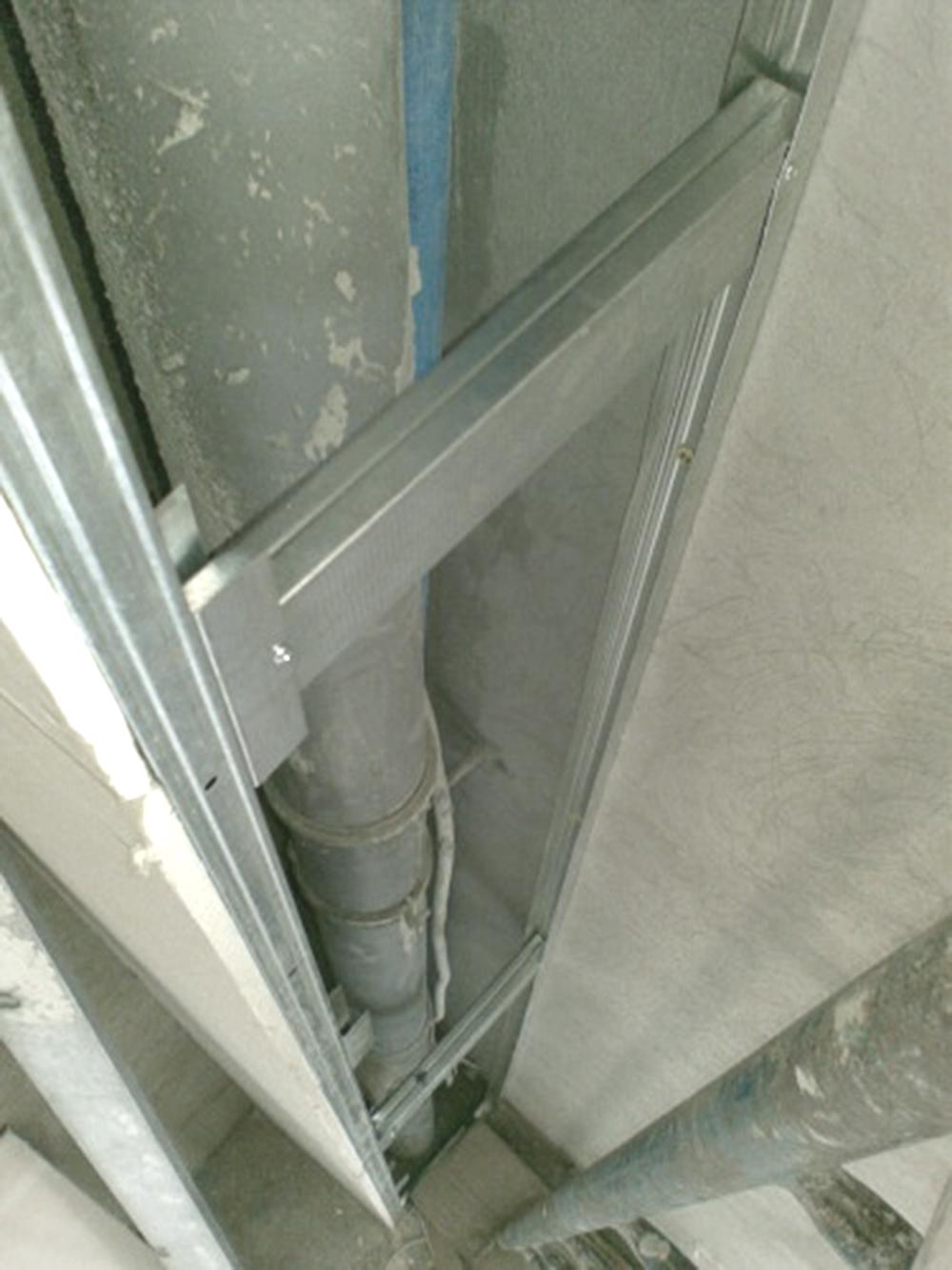 Угловая конструкция для обшивки