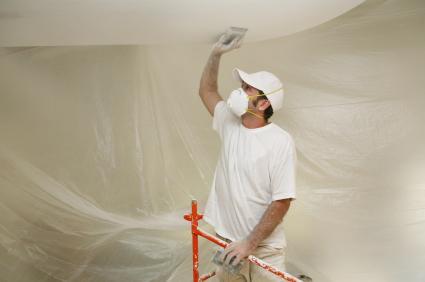 чем красят потолок из гипсокартона