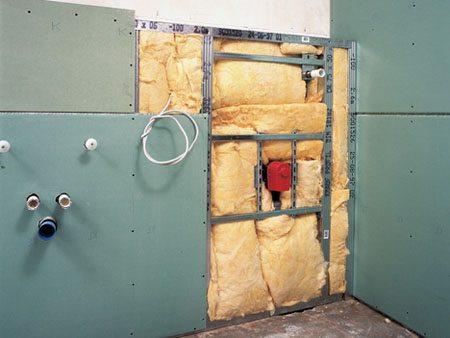 Гидроизоляция стен под алюминиевым каркасом обрешетки