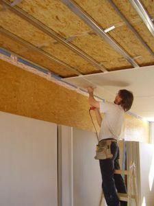 как установить гипсокартон на потолок