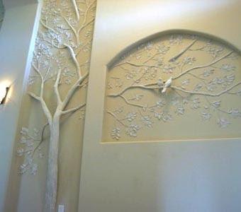 Необычная отделка стен – лепнина в стеновой нише