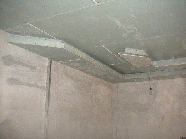 ремонт гипсокартоном потолка